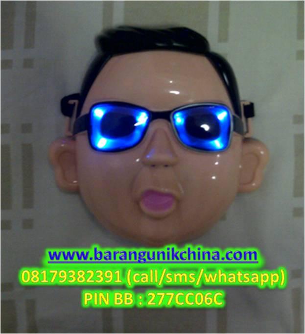 Topeng Nyala + Musik Gangnam Style Barang Unik China - 147