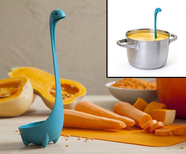 Sendok Kuah Unik Motif Nesie Dinosaurus Berdiri Auto Stand Vegetable Spoon - 633