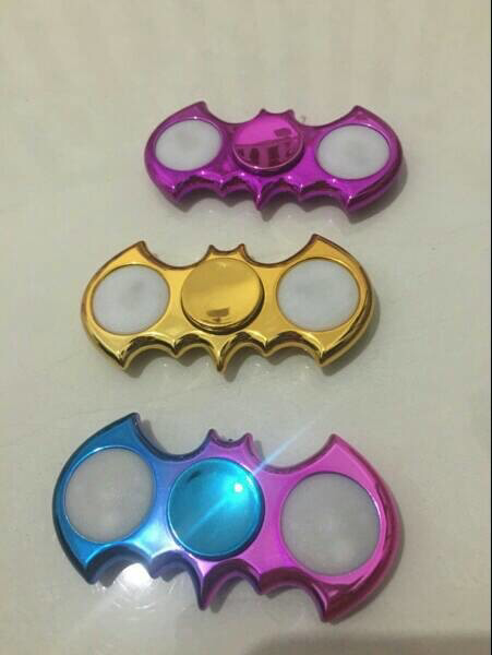 Fidget Spinner LED Batman Metalik Chrome Nyala On Off Mode 3in1 Mainan - 785